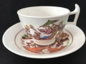 HILDITCH 'Shell carriage' London shape cup & saucer (3) (4)